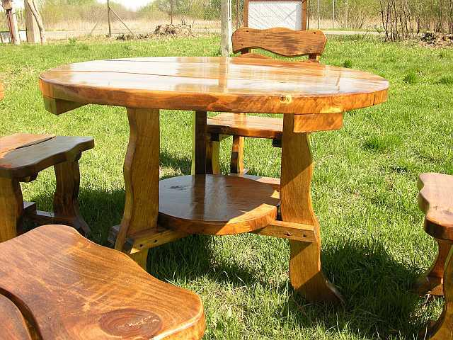 Tavolo da giardino in legno per esterno arredo tondo con 4 for Tavolo in legno per esterno