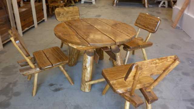Mobili da giardino - Dimensioni tavolo tondo 4 persone ...