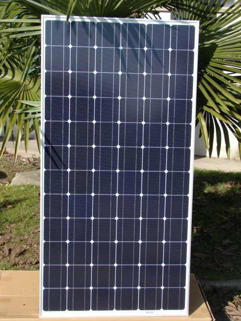 Pannello Solare Fotovoltaico Integrato : Pannello fotovoltaico solar power