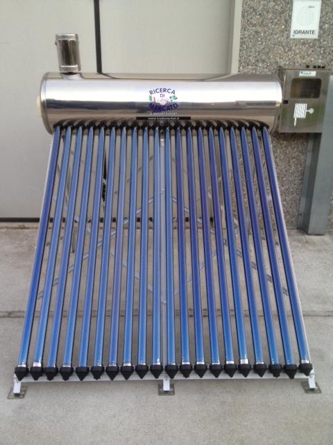 Pannello Solare Con Serbatoio Integrato : Pannello solare termico