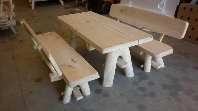 Tavolo da giardino legno massiccio arredo taverna con 2 for Tavoli da giardino in legno rustici