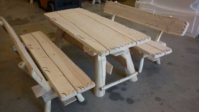 Tavolo Da Giardino In Legno Con Panchine.Mobili Da Giardino